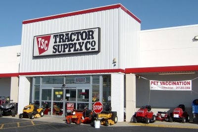 Tractor Supply has jobs available today. Apply online and get the free Tractor Supply job application instantly. The Tractor Supply application is easy.