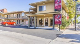 The Inn hotel located in St. George sold by NAI