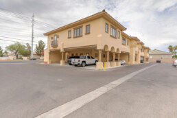 Las Vegas commercial real estate building off of Russell road